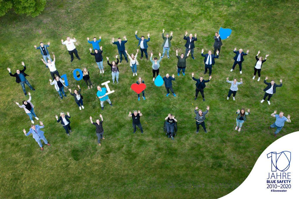 Ein starkes Team: Inzwischen über 70 Wasserexperten sorgen für die umfassende Wasserhygiene Ihrer Praxis.